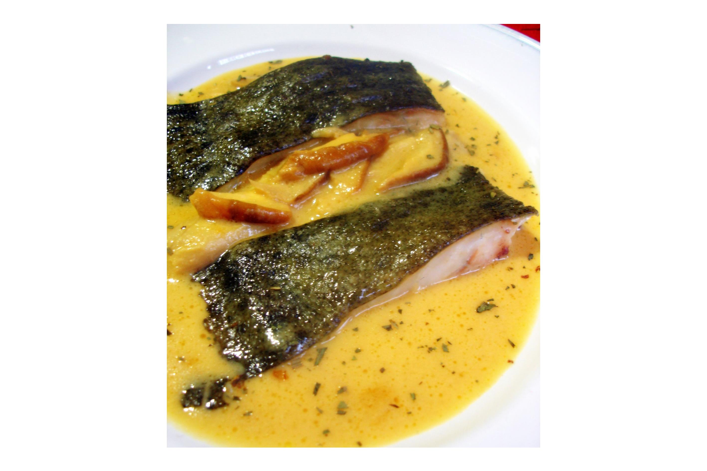 Rodaballo-al-horno-con-salsa-de-sidra-y-boletus-1